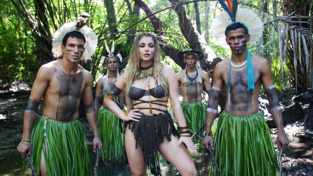 Belita in Tribu con Indios in Brasile - O Dia dos índio